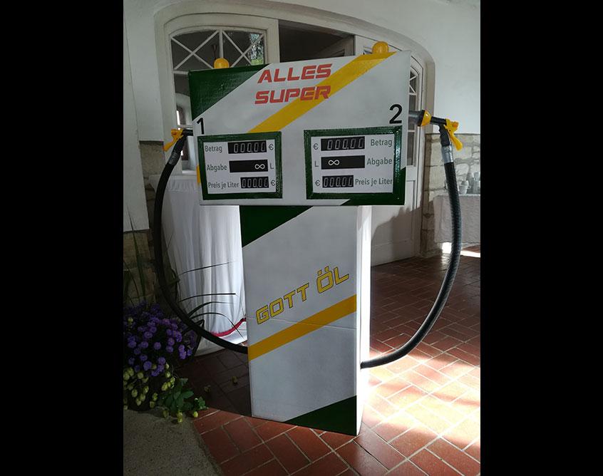 Gott Öl Tankstelle